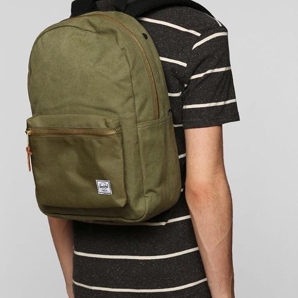 8c5c53ceff Herschel Supply Company Bags